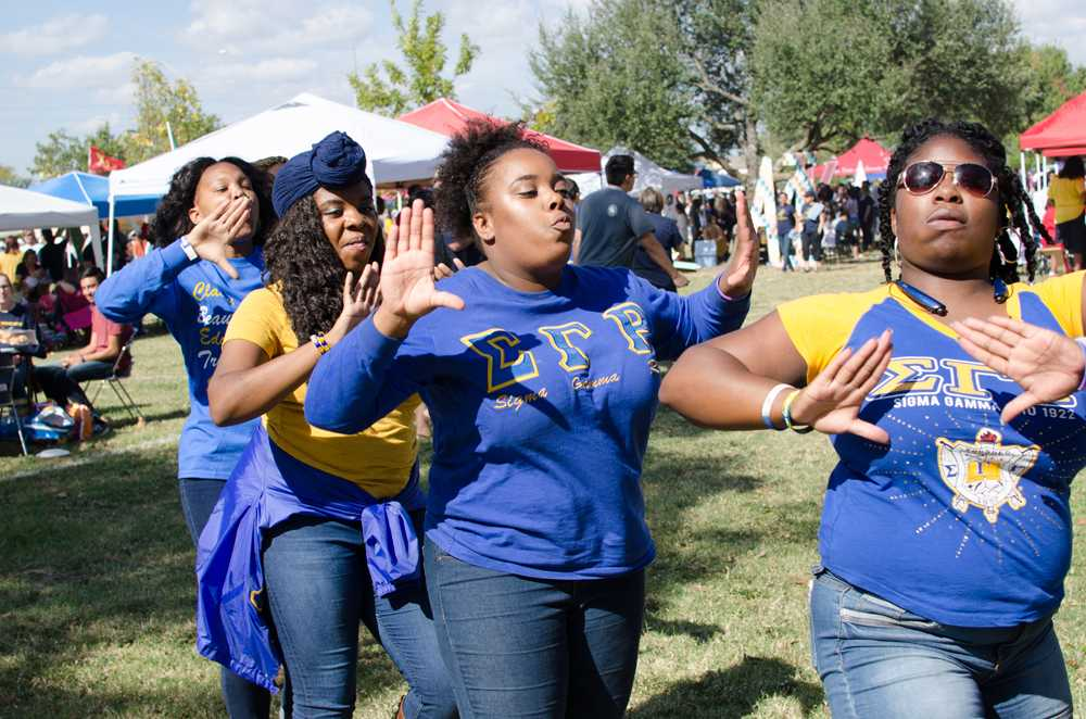 Sigma Gamma Rho enjoy the Homecoming tailgate.
