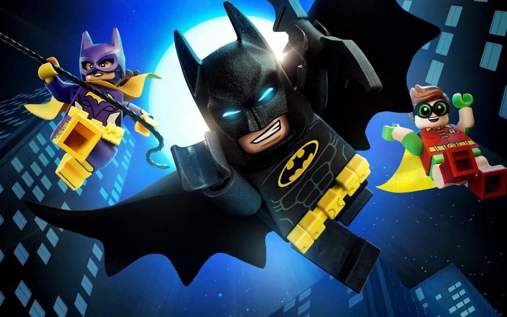 Batgirl (Rosario Dawson), Batman (Will Arnett) and Robin (Michael Cera).