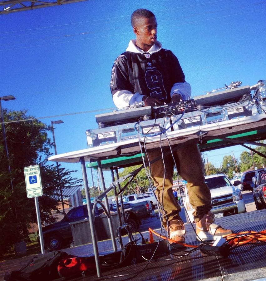 Student+DJ+Graduates%2C+Reflects+on+Time