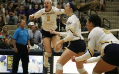 Lions Volleyball Takes Down No. 13 Tarleton 9-16-2017
