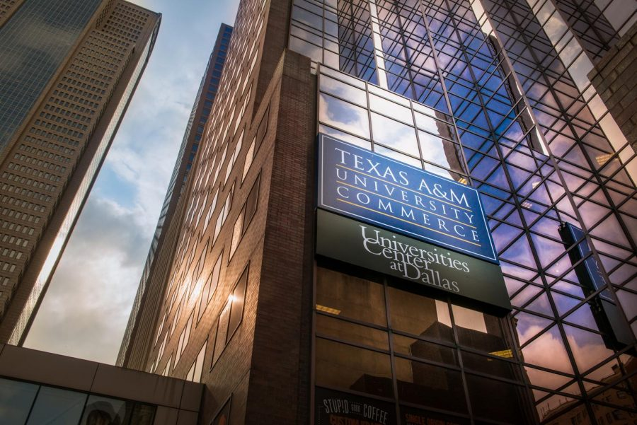 The University Centers at Dallas plans to move to El Centro College by the start of Spring 2018 classes.
