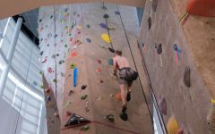 A & M Commerce alumn sets record for indoor climbing