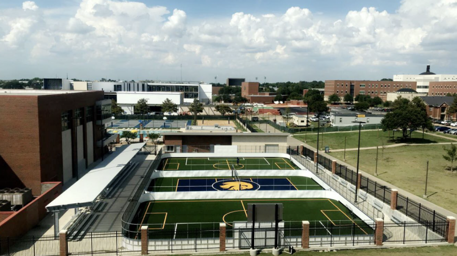 The Morris Recreation Center installed turf on the MAC courts over the summer. East Texan Photo | Kylah Roach