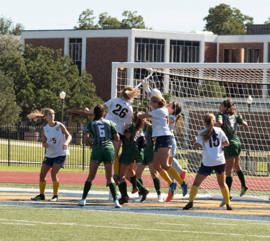 Lindsey+McDonald+and+Jocelyn+McDonough+go+in+for+a+header+%7C+Photo+by+Joseph+Miller