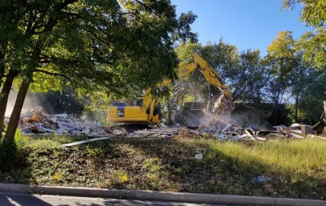 Kappa Alpha house demolished