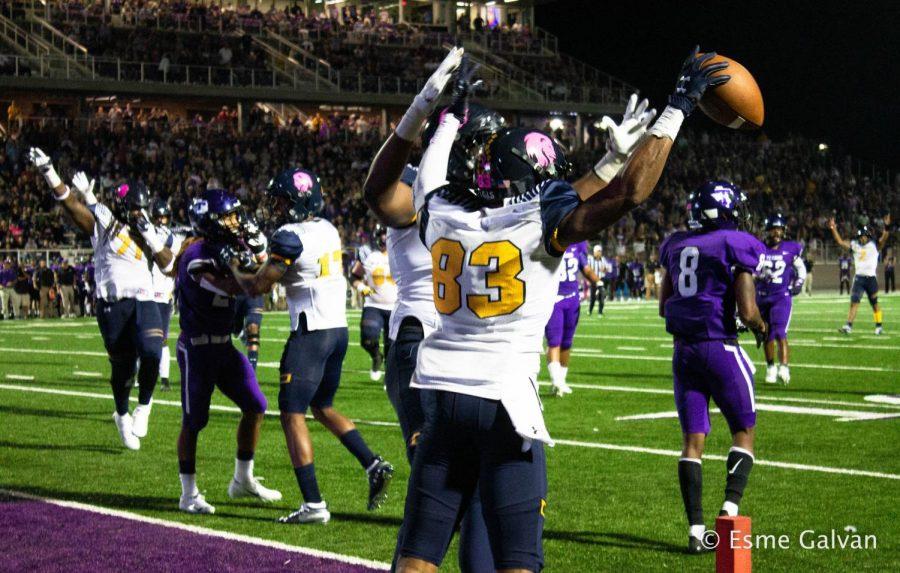 Kelan Smith celebrates a touchdown in week seven against Tarleton State | Esme Galvan