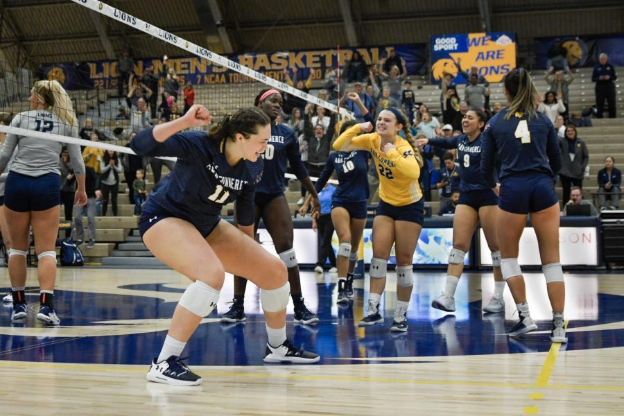 Sydney Anderson and co. celebrate a big point | Ashley Tuppen