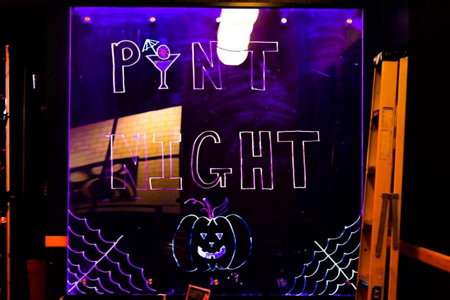 Photo Gallery: An Early Halloween on a Thursday - The Club Hosts Pint Night