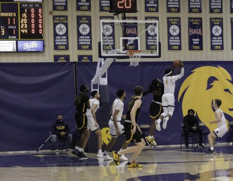 Men's basketball team defeats Cameron 81-68 in regular season home finale [Photo Gallery]