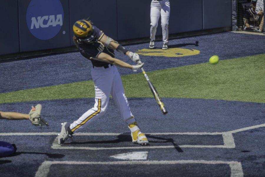 Solo home run for Madison Schaefer